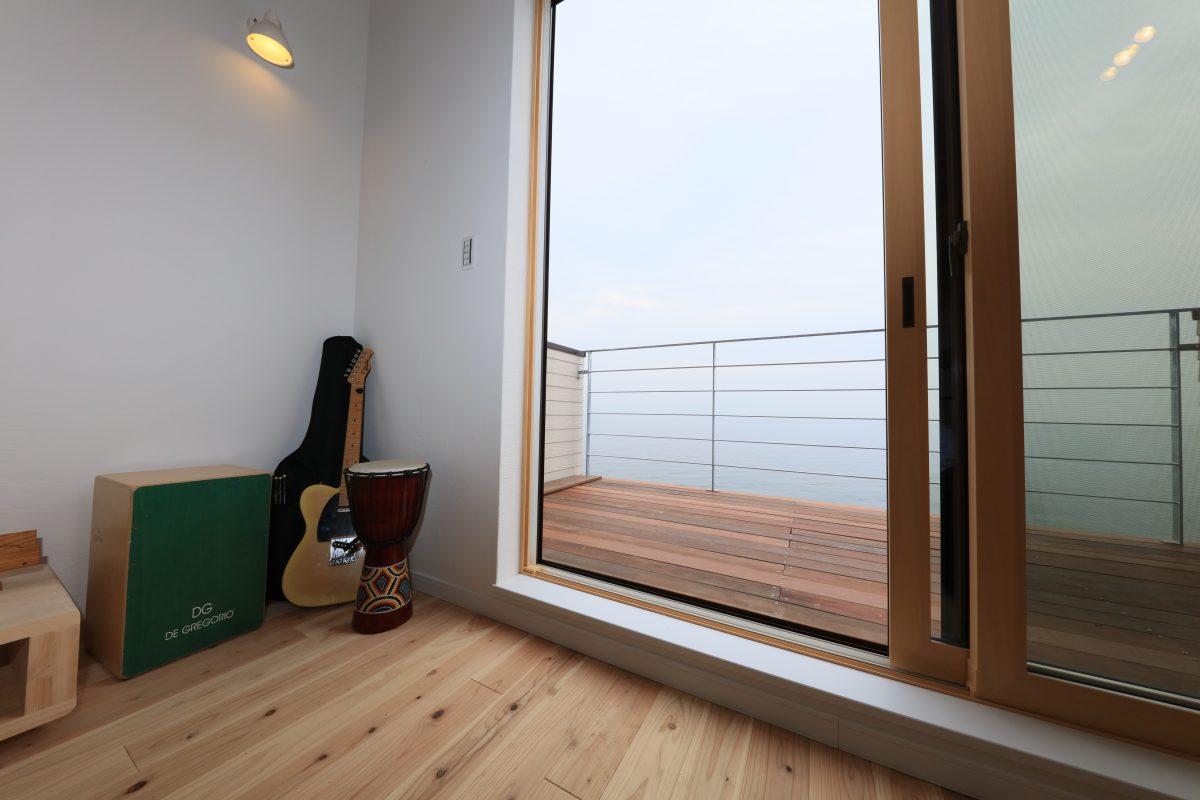 施工事例:潮風に癒されるリゾートハウス