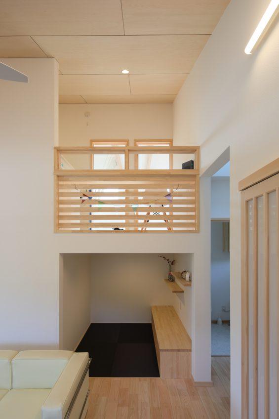 施工事例:平屋のような中二階のある家