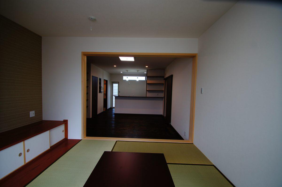 施工事例:ほどよい距離感で暮らす 三層構造の二世帯住宅