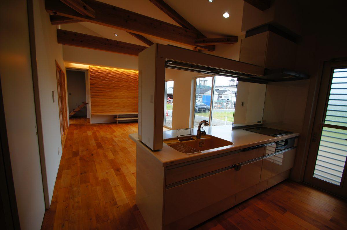 施工事例:デザイン性の高い 表情豊かな家