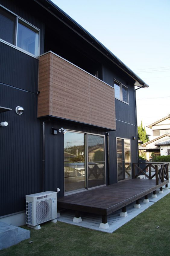 施工事例:バイクガレージ・ロフト付き 真壁工法のお家