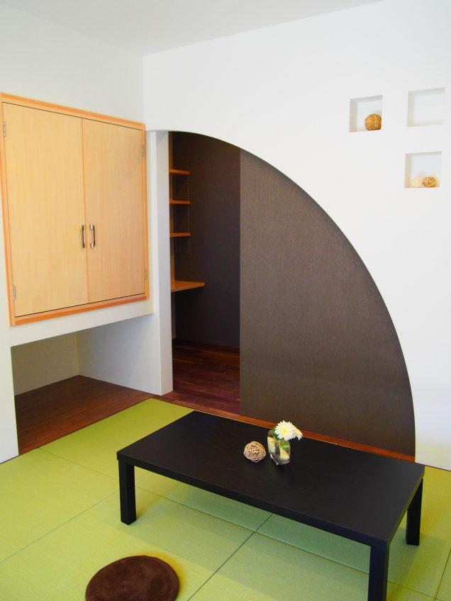 施工事例:こだわりの外観 隠し戸のある平屋