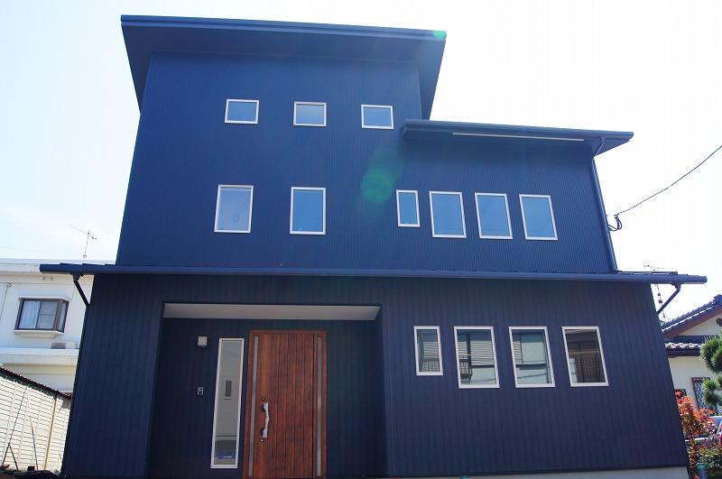 「平面発想」から「立体発想」へ、空間を思うがままに設計した2階建てを5層構造にした多機能なお家