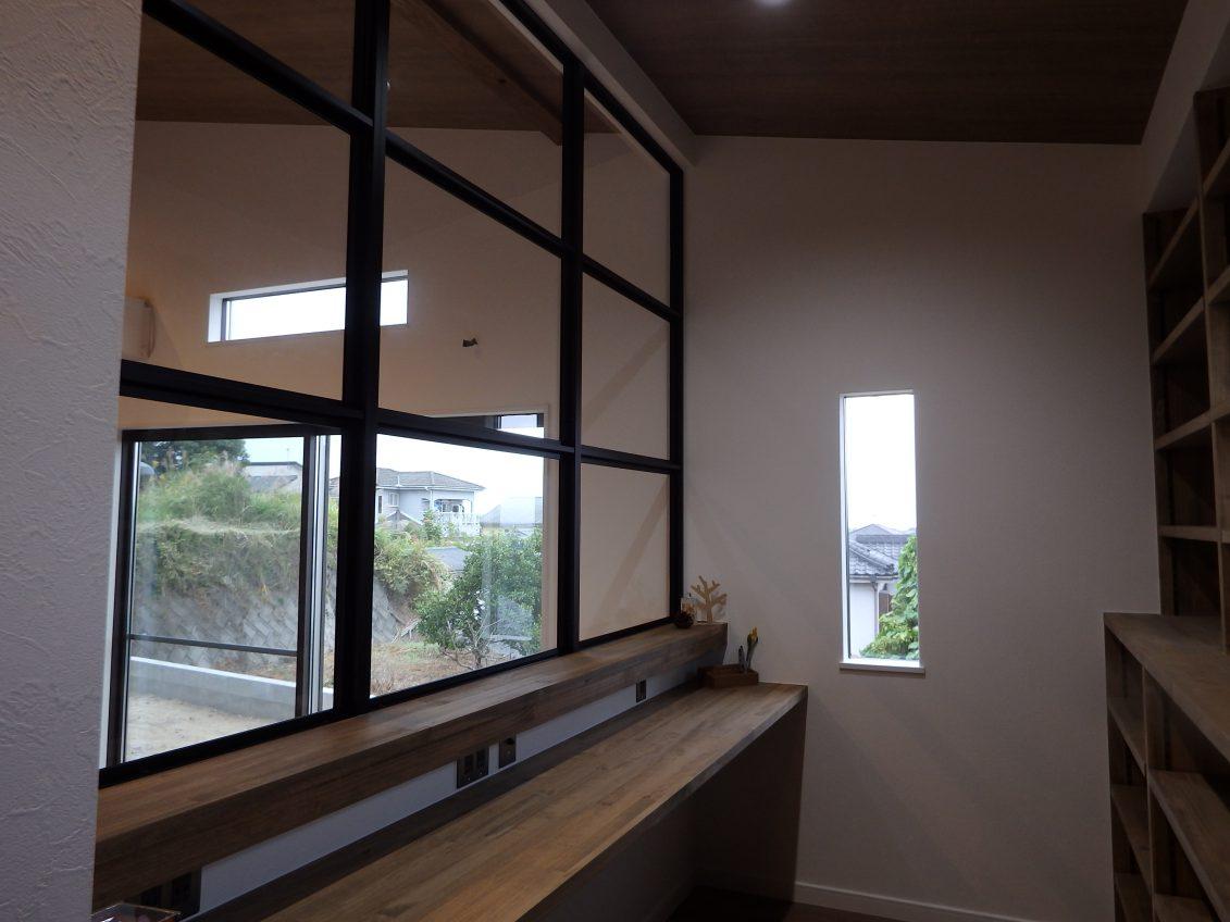 施工事例:隠れ家ロフトのリビングがあるお家
