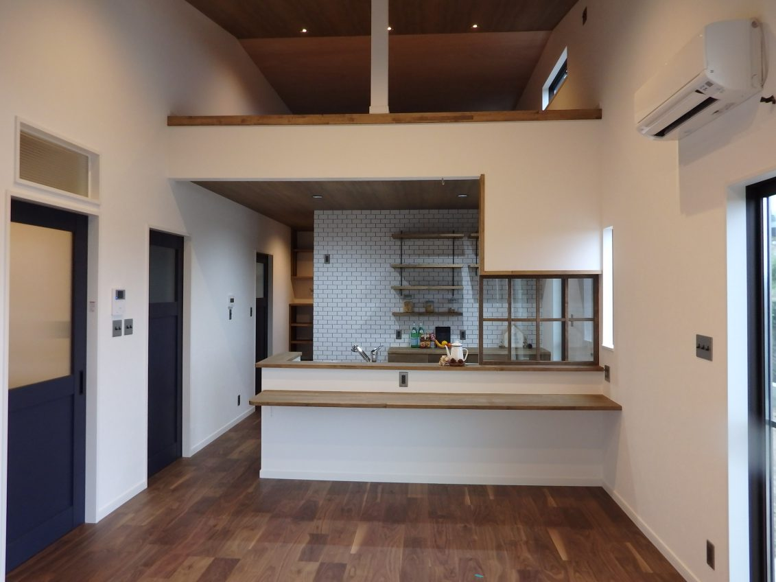 ヴィンテージで統一されたお家は、カジュアルなかっこよさが印象的