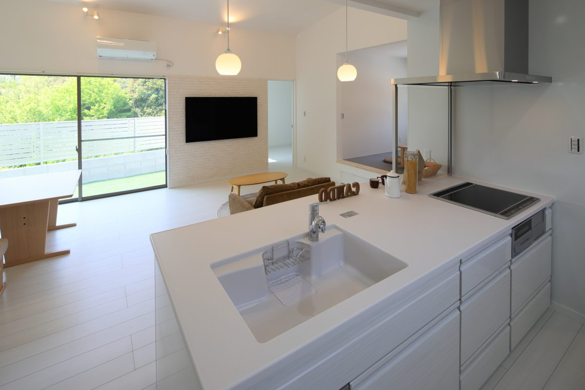 施工事例:白を基調とした明るい平屋