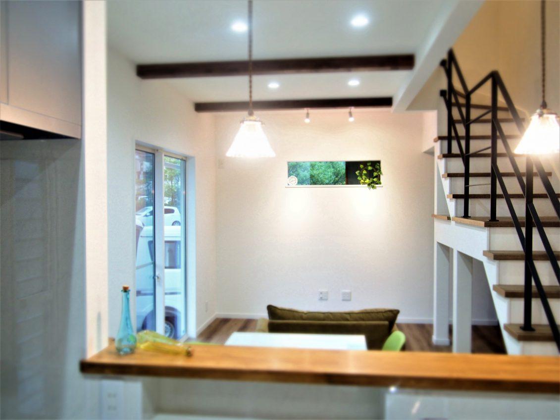 LDKにあるアイアン階段をちょっと上ると2.5畳の書斎スペース