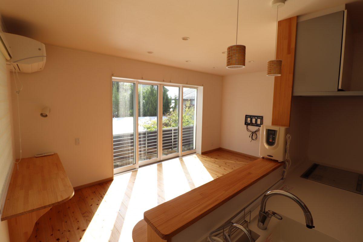 【星ヶ峯3丁目】木のぬくもりのある築2年の長期優良認定住宅